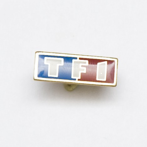 Pin's TF1 - logo Chaine télévision TF1 - Collector !