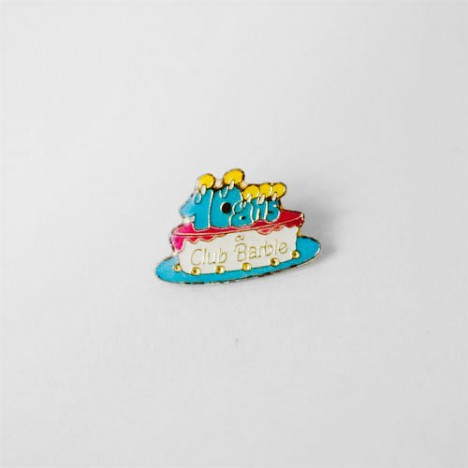 pin 39 s club barbie gateau anniversaire 40 ans boutique vintage. Black Bedroom Furniture Sets. Home Design Ideas