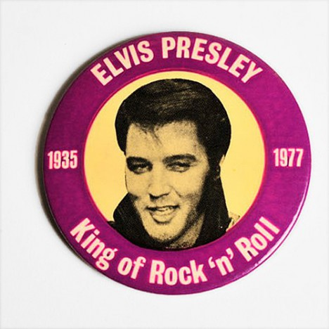 Badge Elvis Presley vintage collector 1935-1977