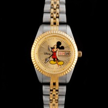 Petite montre Mickey Day Date collector !